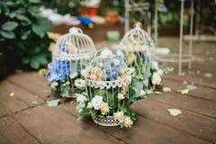 Flores de la ceremonia de boda Fotos de archivo
