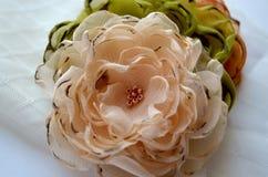Flores de matéria têxtil Fotografia de Stock