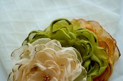 Flores de matéria têxtil Fotografia de Stock Royalty Free