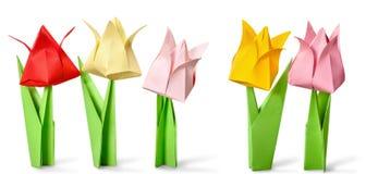 Flores de Origami en el fondo blanco Imagen de archivo libre de regalías