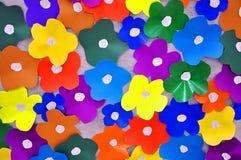 Flores de papel coloreadas Imagenes de archivo