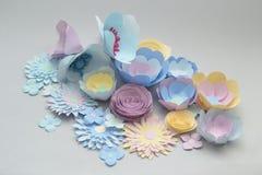 Flores de papel del colorfull hecho a mano Imagen de archivo libre de regalías