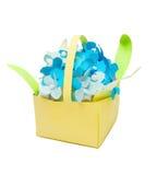 Flores de papel en florero Fotografía de archivo libre de regalías