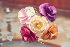 Flores de papel hechas a mano Imagen de archivo libre de regalías