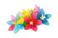 Flores de papel y flor con los pétalos varicolored imagenes de archivo