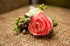 Flores de Rosa no ramalhete do casamento do vintage imagens de stock royalty free