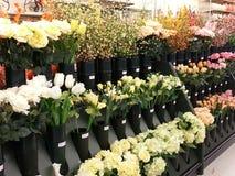 Flores de seda para a venda Fotografia de Stock