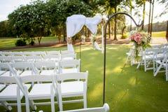 Flores de suspensão para o casamento Imagens de Stock