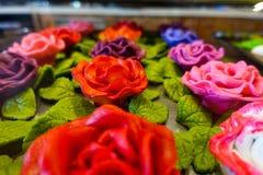 Flores del azúcar en tienda de chucherías fotos de archivo libres de regalías