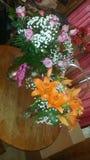 Flores del cumpleaños foto de archivo