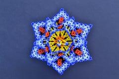 Flores del huichol de las artesanías Imagen de archivo libre de regalías