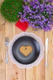 Flores del menú y de la primavera del día de San Valentín Fotos de archivo