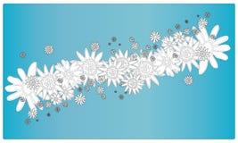 Flores del resorte en cielo Foto de archivo libre de regalías