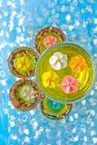 Flores do açúcar em um vidro com geléia Imagem de Stock Royalty Free