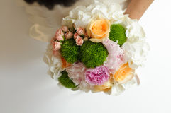 Flores do vestido de casamento fotografia de stock