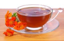 Flores e chá Fotografia de Stock