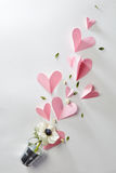 Flores e corações Imagens de Stock Royalty Free