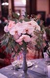 Flores e decoração luxuosas do casamento Fotos de Stock Royalty Free