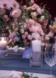 Flores e decoração luxuosas do casamento Imagem de Stock