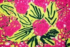 Flores e folias feitos malha Fotografia de Stock