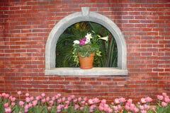 Flores e vaso Fotografia de Stock
