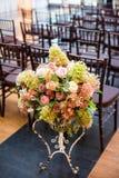 Flores em uma cerimônia de casamento Fotografia de Stock Royalty Free