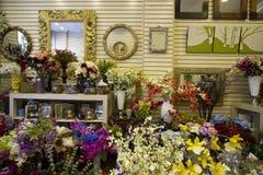Flores en el mercado Fotos de archivo