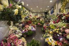 Flores en el mercado Imágenes de archivo libres de regalías
