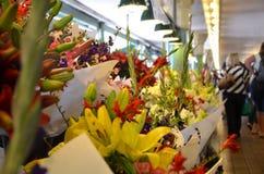 Flores en el mercado de lugar de Pike Imagen de archivo libre de regalías