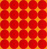 Flores en un fondo anaranjado Fotos de archivo libres de regalías