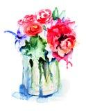 Flores hermosas en florero Fotografía de archivo libre de regalías