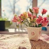 Flores na soleira Foto de Stock