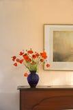 Flores no piano fotos de stock royalty free