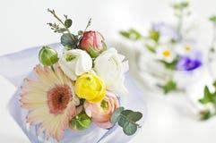 Flores para la tabla foto de archivo