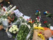 Flores para las víctimas Imágenes de archivo libres de regalías