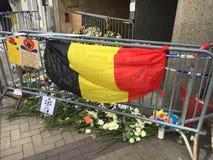 Flores para las víctimas del terrorismo Imágenes de archivo libres de regalías