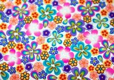 Flores pequenas coloridas fundo Imagens de Stock
