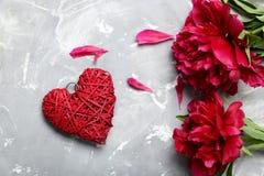 Flores rojas del peony Imágenes de archivo libres de regalías