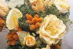 Flores secadas no primeiro plano, ramalhetes de flores secadas, arranjo de flor Fotos de Stock