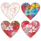 Flores tropicales en la forma de sistema del vector del corazón en estilo del bosquejo aislado en el fondo blanco libre illustration