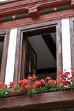 Flores, ventana, casa, marco, Alemania Imagenes de archivo