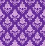 Flores violetas en el fondo violeta Fotografía de archivo