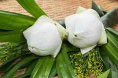 Flores y fe Fotos de archivo