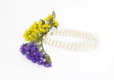 Flores y perla Imagen de archivo