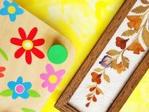 Flores y prensa secadas Foto de archivo libre de regalías