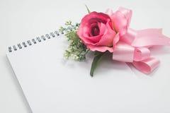 Flores y saludo Fotos de archivo libres de regalías