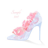 Flores y zapatos realistas del vector con los talones ilustración del vector