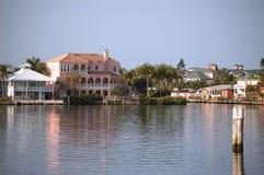 Florida domestica fronta del Fort Myers del canale immagini stock