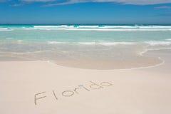 Florida geschrieben auf Strand Lizenzfreie Stockfotografie