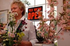 Florista de trabajo Fotos de archivo libres de regalías